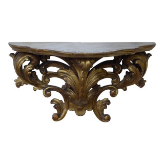 19th Century Continental Carved Giltwood Bracket For Sale