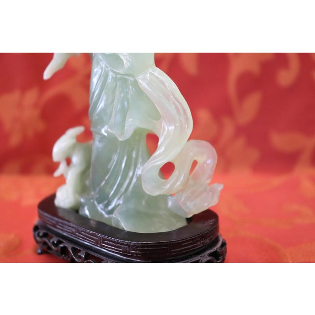 1930s 20th Century Chinese Sculpture in Jade Geisha Figure, 1930s For Sale - Image 5 of 10