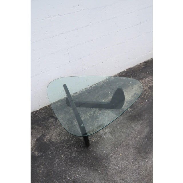 Mid Century Black Painted Base with Glass Top Guitar Pick Shape Coffee Table For Sale In Miami - Image 6 of 11