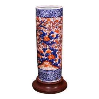 Early 20th Century Japanese Hand Painted Imari Porcelain Umbrella Stand For Sale