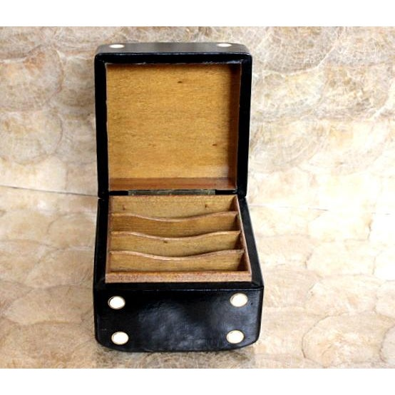 Italian Vintage Leather Covered Dice Box For Sale - Image 3 of 6