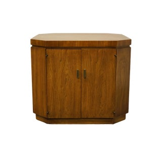 "Drexel Furniture Consensus Collection Contemporary Modern 26"" Bookmatched Walnut Accent Cabinet End Table - 990-370 For Sale"