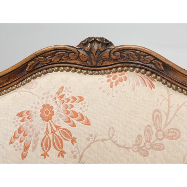 Antique French Louis XV Style Pair of Arm Chairs For Sale In Chicago - Image 6 of 13