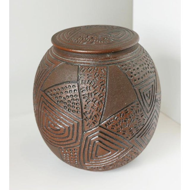 1980s 1980s J Chin Incised Pottery Jar For Sale - Image 5 of 8