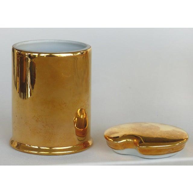 Traditional Porcelaine De Paris Gold Lustre Lidded Condiment Jars & Stand For Sale - Image 3 of 8