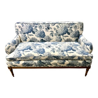 1940s Antique Blue and White Hydrangea Print Fabric Loveseat For Sale