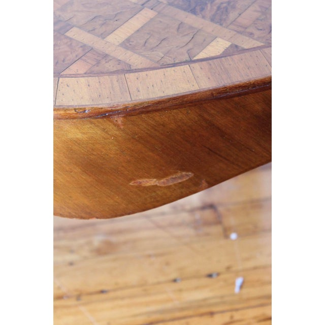 1950s 1950s Vintage Italian Walnut Cocktail Table For Sale - Image 5 of 7
