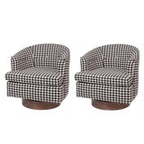 Image of Pair of Custom 1960s Houndstooth Swivel Lounge Chairs For Sale
