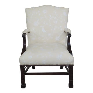 Modern Stickley Colonial Williamsburg Chippendale Carved Mahogany Open Armchair For Sale