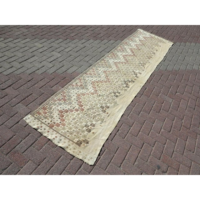 This beautiful Turkish handmade kilim runner rug from the western part of Turkey. Oushak nomads weaving these carpet...