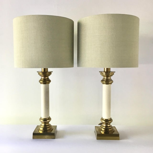 Rembrandt Lamp Company Pair of Rembrandt Brass and Faux Snakeskin Table Lamps 1960s For Sale - Image 4 of 4