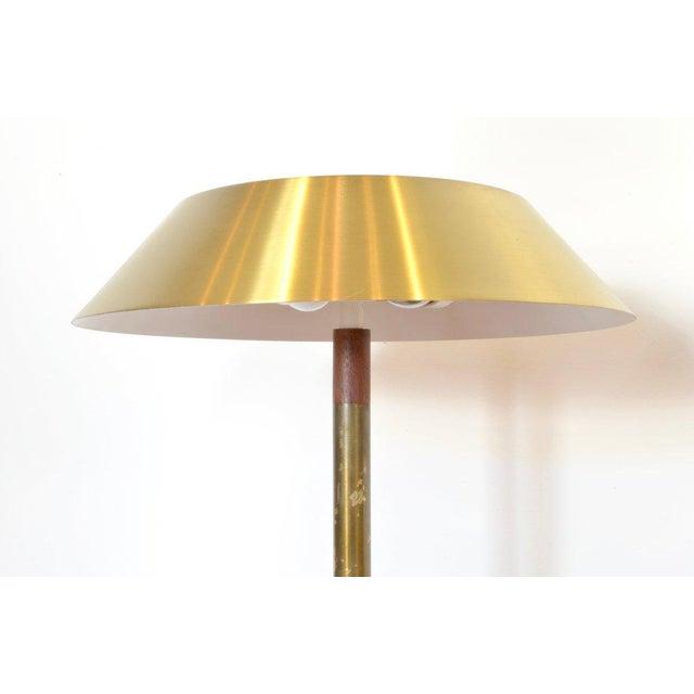 Mid-Century Modern Jo Hammerborg President Brass and Teak Table Lamp For Sale - Image 3 of 10