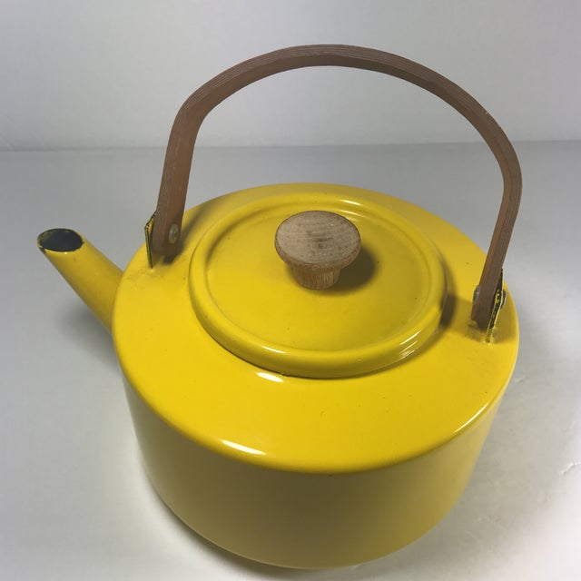 Mid-Century Modern Copco Mid-Century Tea Kettle For Sale - Image 3 of 9