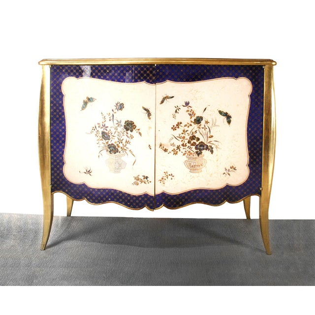 Wood 1940s French Louis XV Style Parcel-Gilt and Églomisé Commode For Sale - Image 7 of 7