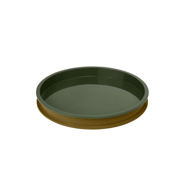 Large Circular Tray in Light Olive / Dark Olive - Jeffrey Bilhuber for The Lacquer Company For Sale