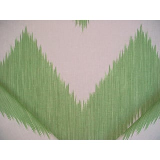 Contemporary Lee Jofa Mirasol Ivy Green 100% Linen Drapery Upholstery Fabric - 14y For Sale
