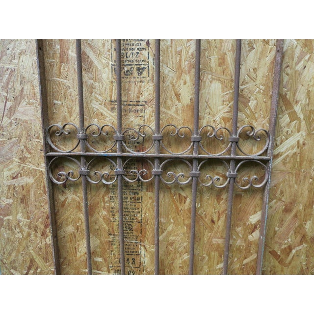 Antique Victorian Iron Gate Window Garden Fence Architectural Salvage - Image 5 of 6
