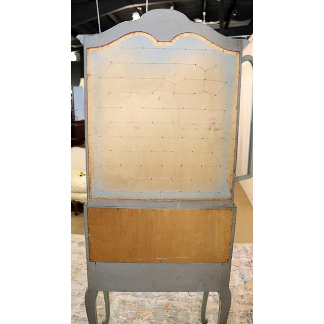 French Louis XV Style Secretary Desk For Sale - Image 11 of 12