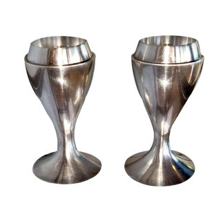 1980s Vintage Swid Powell Modern Hourglass Silver Plated Candle Holders by TsAO & McKOWN - a Pair For Sale