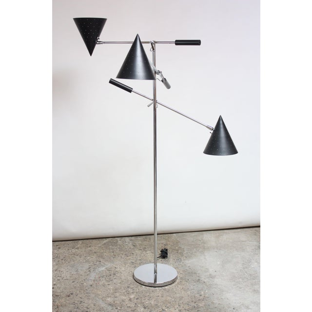 Mid-Century Modern Triennale Style Floor Lamp by Lightolier For Sale - Image 3 of 12