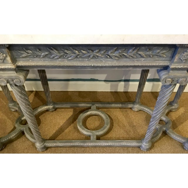 Henredon White Marble French Style Console Table For Sale In Atlanta - Image 6 of 7