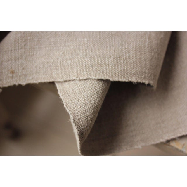 Antique Gray Putty Toned Linen Fabric - 7.3 Yards X 27 Inches For Sale - Image 4 of 11