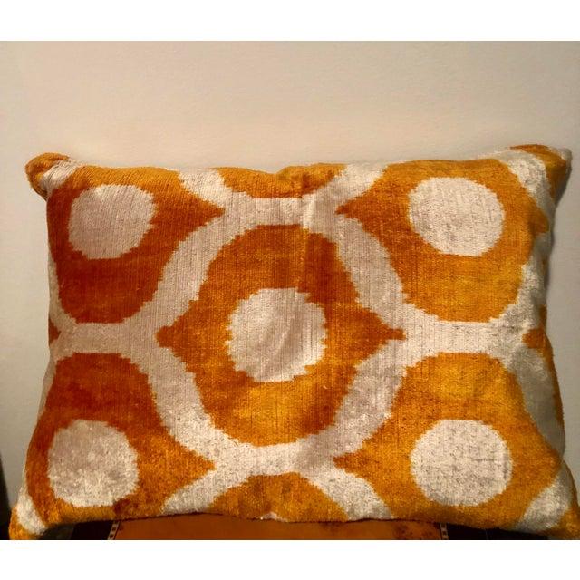Turkish Silk Velvet Pillow For Sale In New York - Image 6 of 6
