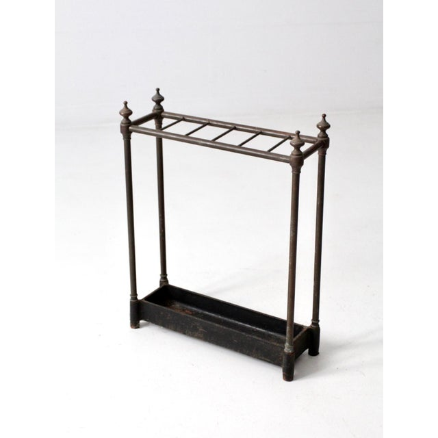 English Traditional Antique Fireplace or Umbrella Stand For Sale - Image 3 of 10