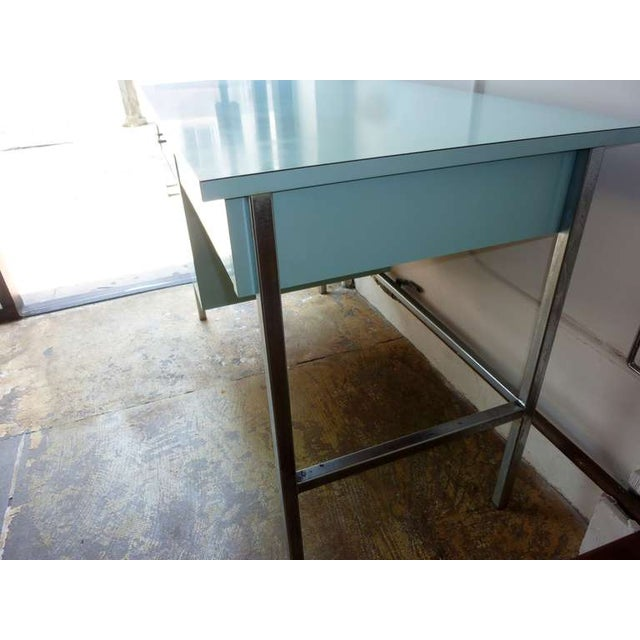 American 1950s Desk and Chair by Vista Furniture - Image 5 of 6