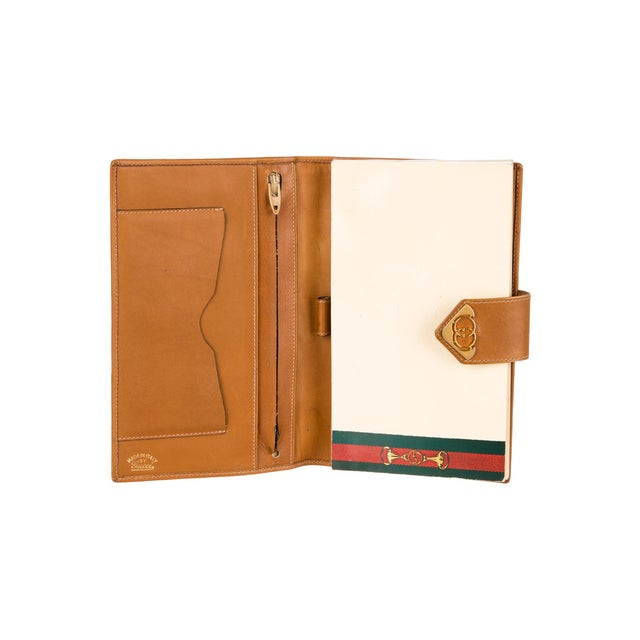 Gucci 1970s Vintage Gucci Logo Print Agenda Cover With Original Gucci Stationary Notepad For Sale - Image 4 of 5