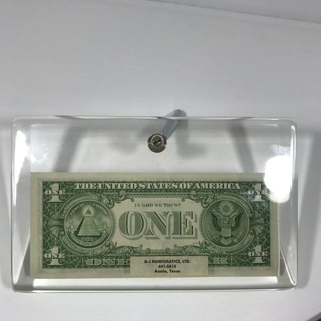 Vintage Dollar Bill Lucite Pen Holder - Image 7 of 11
