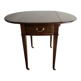 20th Century Traditional Ethan Allen Pembroke Drop Leaf Walnut Side Table For Sale