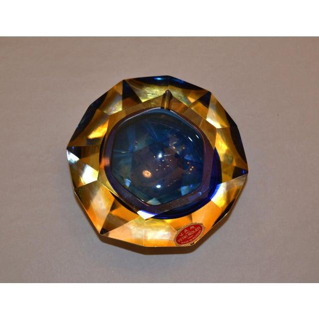 Murano Multi Faceted Murano Glass Ashtray Attributed to F. Poli by Vetri Molati Murano For Sale - Image 4 of 12