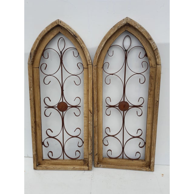 Metal Rustic Country Farmhouse Cathedral Window Grilled Shabby Wall Garden Hangings For Sale - Image 7 of 8