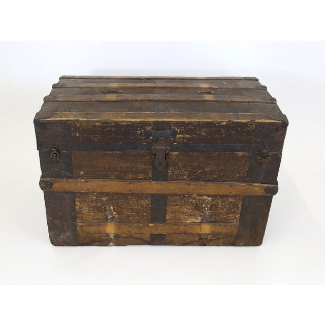 Antique STEAMER TRUNK box wood chest coffee table base old, vintage & primitive. From the turn of the century, most likely...