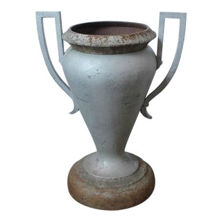 1920's Vintage Kramer Brothers Company American Cast Iron Urn For Sale