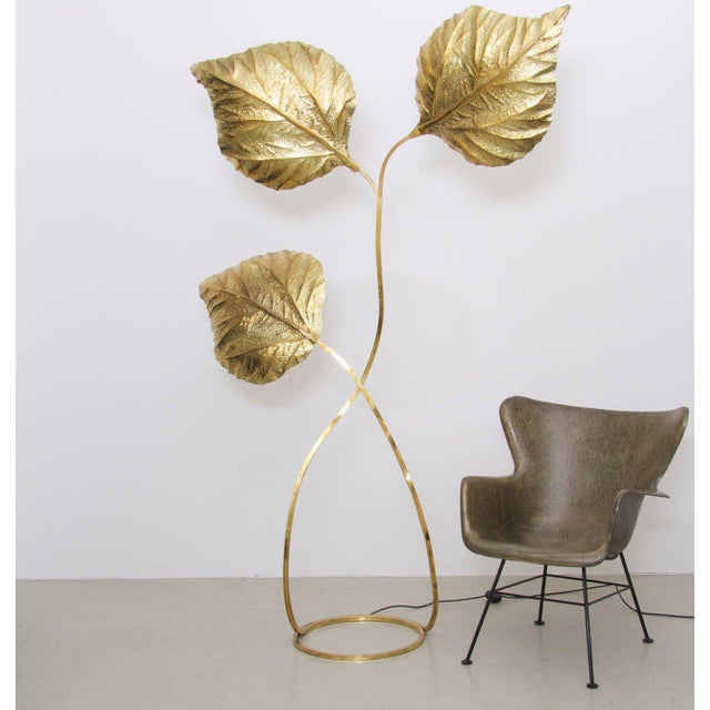 Very elegant, extra large and extraordinary huge three leaves rhubarb floor lamp by the Italian designer Tommaso Barbi....