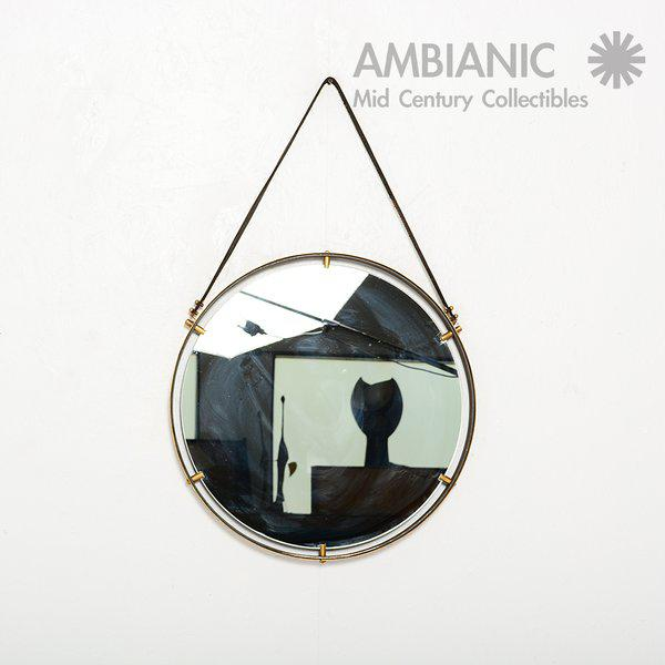 Modern Brass Wall Hanging Mirror For Sale - Image 3 of 9