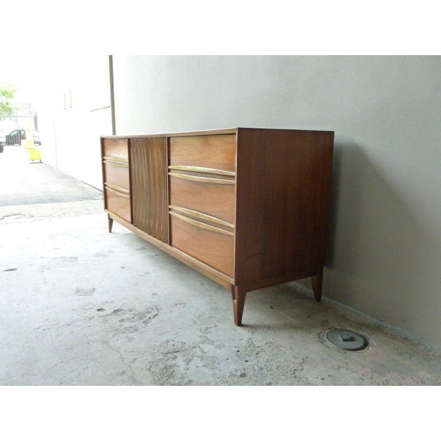 Wood 1950s Vintage Danish Modern Style Credenza/Chest For Sale - Image 7 of 13