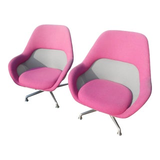 Steelcase Coalesse Sw_1 High Back Aluminum Swivel Lounge Chairs - a Pair For Sale