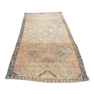 1960s Turkish Vintage Oushak Handmade Hallway Rug- 4′5″ × 9′11″ For Sale