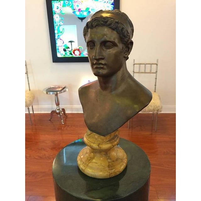 Figurative 1906 Cesar Sab De Angelis Fils Naples Bronze Bust For Sale - Image 3 of 10