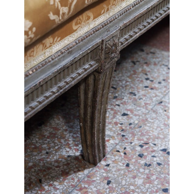 Fabric 18th Century Louis XVI Banquette/Recamier For Sale - Image 7 of 9