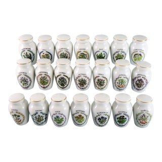 1980s Cottage Franklin Mint Spice Jars - Set of 21 For Sale