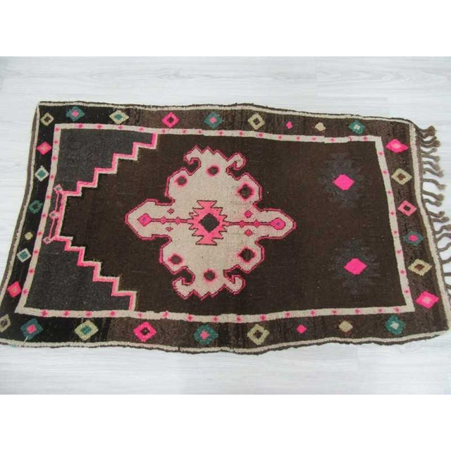 Vintage handknotted small decorative Turkish Kars area rug For Sale - Image 4 of 6
