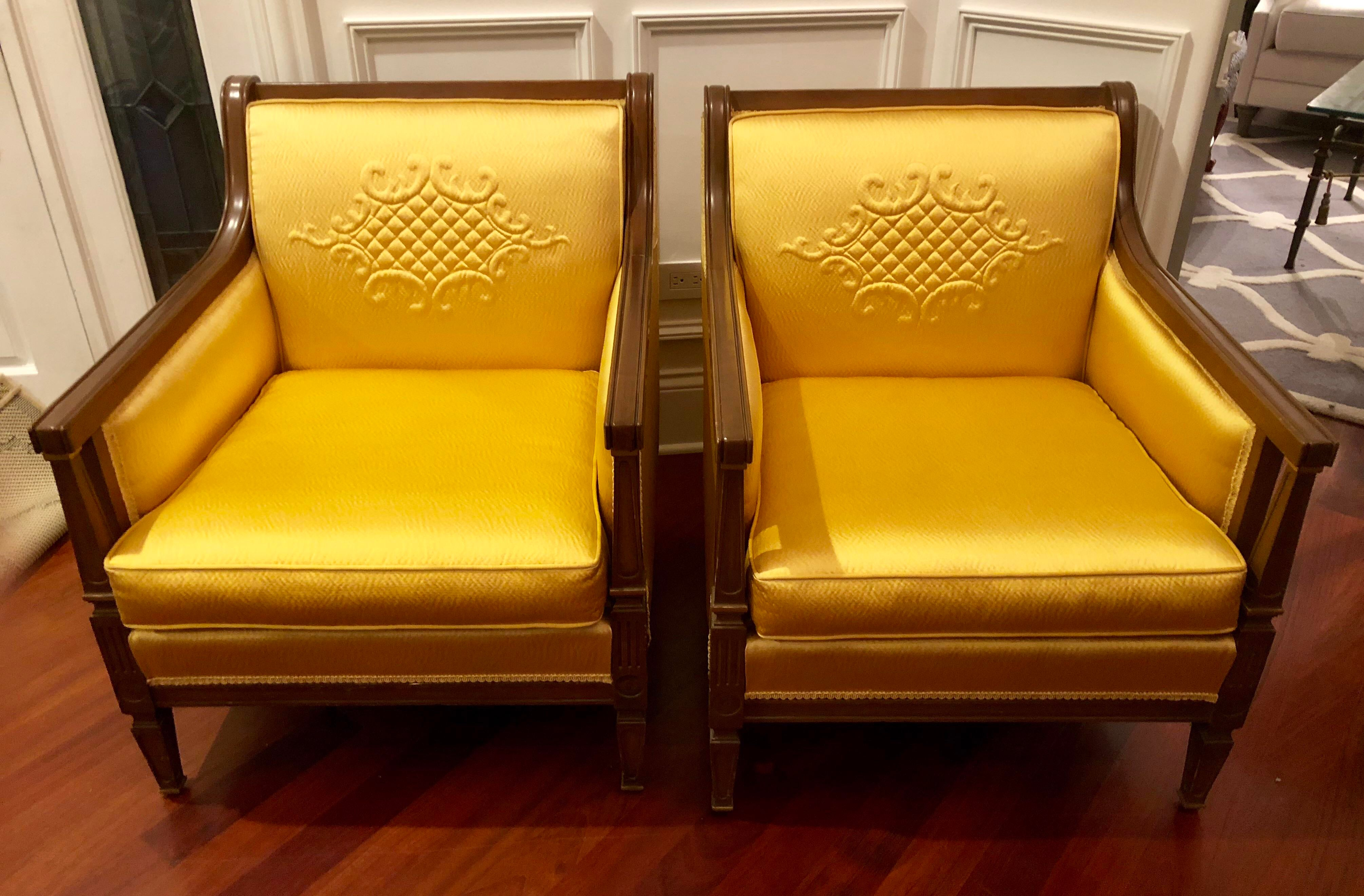 Bon Gold 1960s Mid Century Moder Gold Upholstered Accent Chairs   A Pair For  Sale