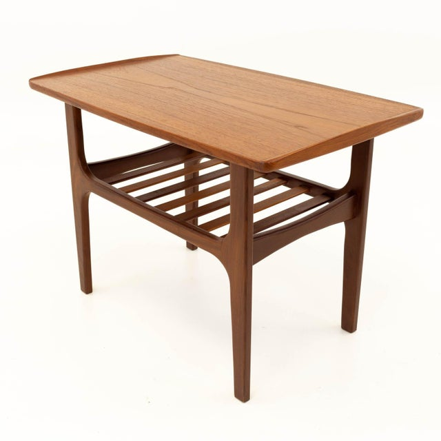 Mid-Century Modern Mid Century Modern Teak Occasional Table For Sale - Image 3 of 10