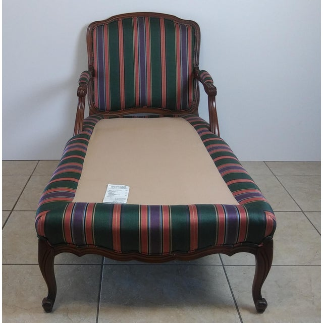 Louis XV Style French Provincial Chaise Lounge For Sale - Image 4 of 11