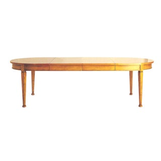 1980s Traditional 3 Leaf Dining Table For Sale