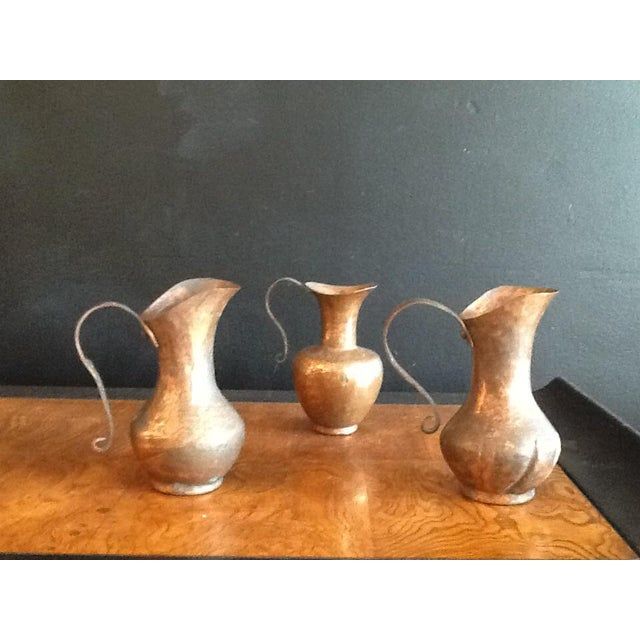 1900s Traditional Solid Copper Hammered Ewers - Set of 3 For Sale - Image 13 of 13